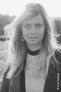 Julie Leonheart
